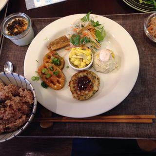 お昼ごはんプレート(玄氣食堂 ゆいまる)