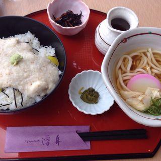 湯葉丼 ミニうどんセット(カフェレストラン 浮舟)