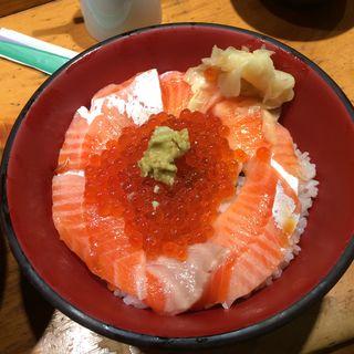 サーモン丼(刺身BAR 河岸頭 (かしがしら))