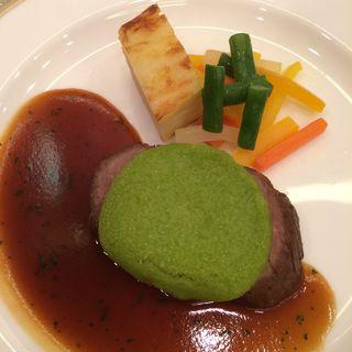 仔牛ロース肉のソテー(オーキッドルーム)