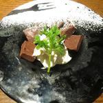 自家製生チョコとマスカルポーネチーズ(炭火とワイン)