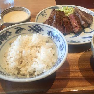 厚切り牛タン定食(牛タンさちのや)
