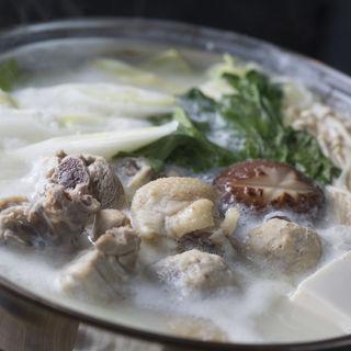 鶏肉の白湯鍋(割烹 銀河 )