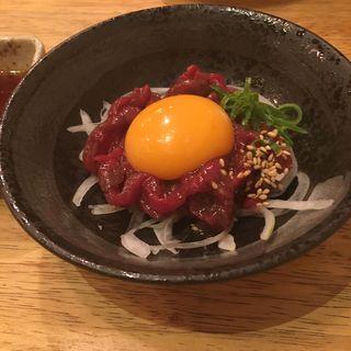 ユッケ(加藤商店 バル肉寿司 since2010 by 炉とマタギ (バルニクスシ))