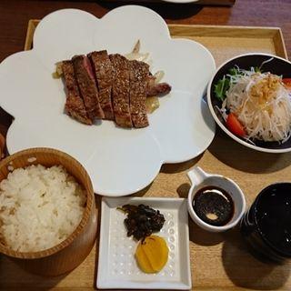 牛ステーキ膳(伊勢うどん 奥野家 (いせうどん おくのや))