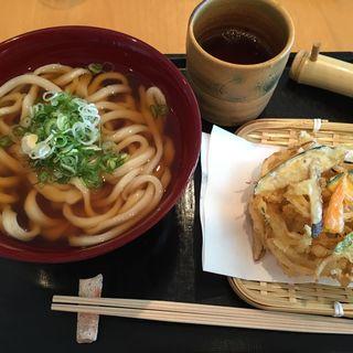 天ぷらうどん(MIHO MUSEUM レストラン )