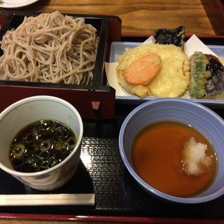 野菜天ざるそば(本家鶴喜そば本店)