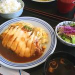 ポークカツレツチーズのせ焼き(手作り洋食屋 手塚)