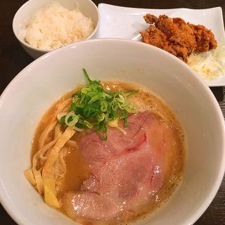 鶏白湯ラーメン(キラメキノトリ)
