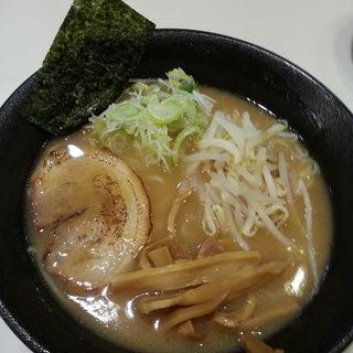 鶏ガラとんこつラーメン(麺や 桜木)