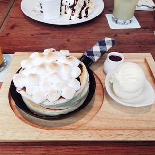 チョコとマシュマロパンケーキ(mog 京都三条店 (モグ))