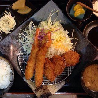 A定食(とんかつながた園 サンプラザ店)