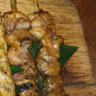 鶏肉の串焼き ピーナッツソース(モンスーンカフェ Monsoon Cafe 舞浜イクスピアリ)