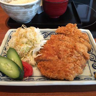 ロースカツ定食(ろくまる五元豚 丸の内TOKIA店 (ろくまるごげんとん))
