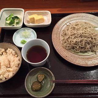 お昼のおきまり(蕎麦 ろうじな )