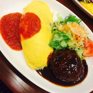 オムライス+国産粗挽きハンバーグ(洋食屋 三代目 たいめいけん)