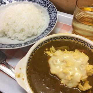 チーズ玉子+チキンカレー(紅屋 (ベニヤ))