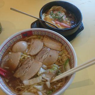 半チャーシュー煮卵ラーメン(神座 河内長野店)