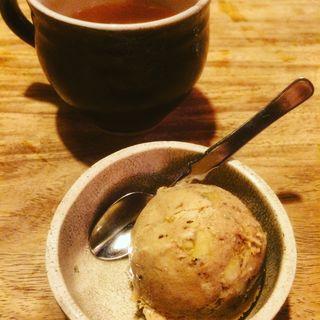 シナモンとくるみの自家製アイス(ともすけ )