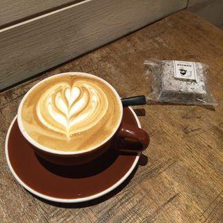 カフェラテ・ブラウニー(オニバスコーヒー (ONIBUS COFFEE))