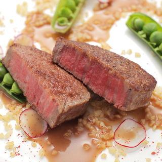本日の肉料理(シンジコガ (Shinji Koga))