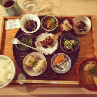 小鉢膳(お漬物/お味噌汁付)(アコメヤトウキョウ (AKOMEYA TOKYO))