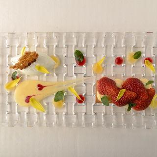 苺パイ アイスとともに(美しょう (ミショウ))