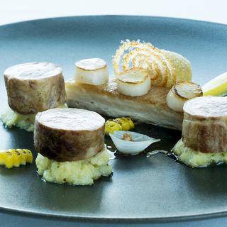 豚肉のグリル(中国料理 「チャイナブルー」 コンラッド東京 )