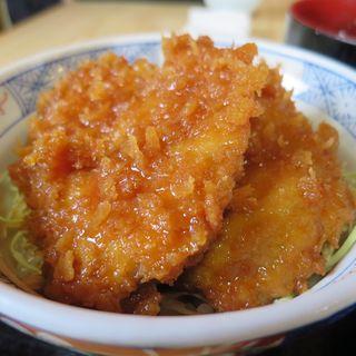 ミニソースかつ丼と手打椀そばセット(きりの実)