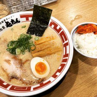 東京豚骨ラーメン(池袋 屯ちん 大宮店)