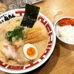 東京豚骨ラーメン