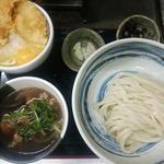 豚バラつけ麺と親子飯