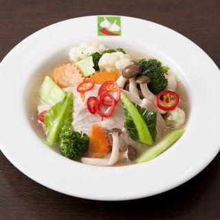 鶏肉と野菜のポワレ(バンコクキッチン 丸の内店 (Bangkok Kitchen))