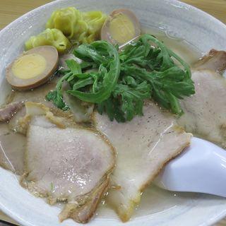チャーシューワンタンメン+煮玉子(揚子江ラーメン 林記 )