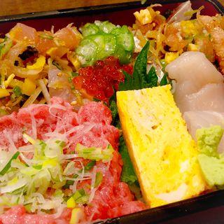 セレブ丼(すし屋の新八 (すしやのしんぱち))