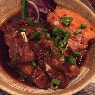 ラフテーと軟骨ソーキ煮のハーフ&ハーフ(香の帆 (かのほ))