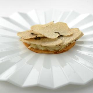 野菜のクリーム仕立て トリュフ添え(Cot (コット))