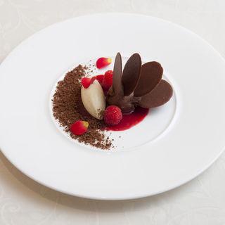 チョコレートムース(ラターブルナカメ)
