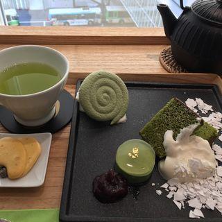 抹茶ノ膳(茶庭 然花抄院 渋谷ヒカリエ ShinQs店 (ぜんかしょういん))