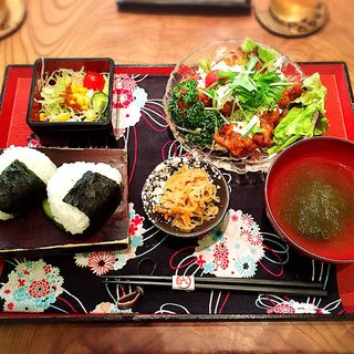 塩麹唐揚げ タルタルソース(お結びcafe )