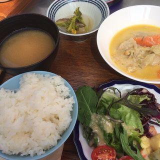 IKIBA定食(ルル・タパス・バー)