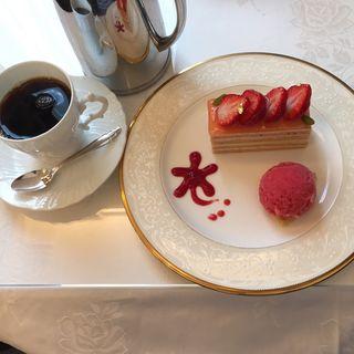 苺のオペラ(五感 北浜本館 (GOKAN ゴカン))