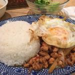 ガパオセット(マンゴツリーカフェ 大阪店  )