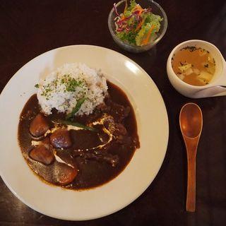 ビーフシチューのランチセット(cafe tsukikoya)