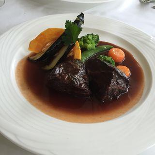 国産牛ほほ肉の赤ワイン煮込み(レストラン ヴォワ・ラクテ )