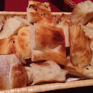 エキメッキ(シェフの手づくりパン)(カルシャカ (KARSIYAKA))