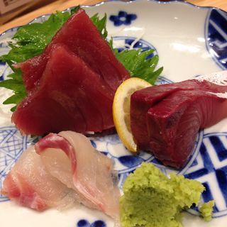 新幹線より早い刺身三種盛り(魚屋スタンドふじ )