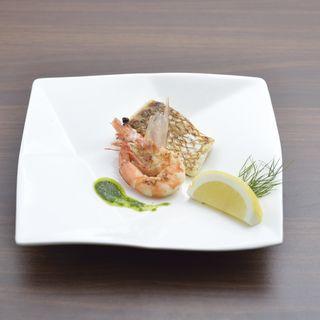 真鯛と海老のグリル(神戸鉄板ダイニング ネグローニ)