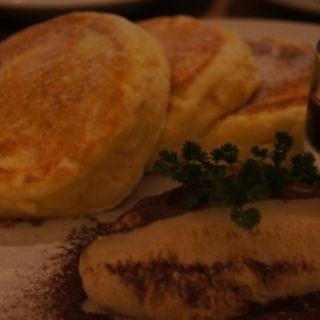 マスカルポーネ&エスプレッソのパンケーキ(ヨーキーズブランチ (YORKYS BRUNCH))