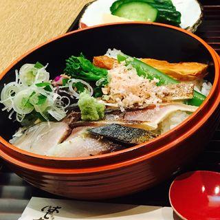 炙り鯖丼(はしたて)